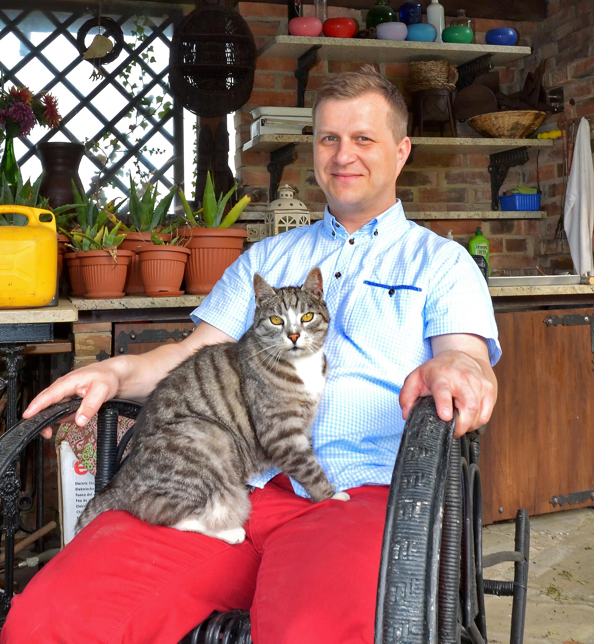 Sam wciąż spotyka się z Freddiem na Sam i Cat
